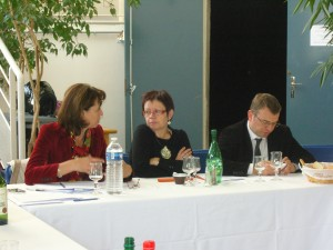 Mme Fabienne Keller, Mme Joëlle Vuillet (Maire-adjoint de la ville de Clichy-sous-Bois) et M. Olivier Klein (1er Maire-Adjoint)